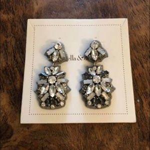 Stella&dot chandelier earrings
